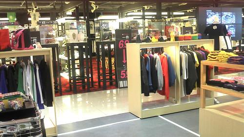 2012年台南FOCUS百貨七樓櫃位展示