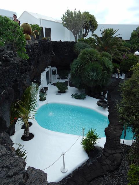 Lanzarote-201611-177-FundacionDeCesarManrique-Pool