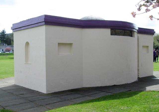Peebles Art Deco Pavilion Reverse
