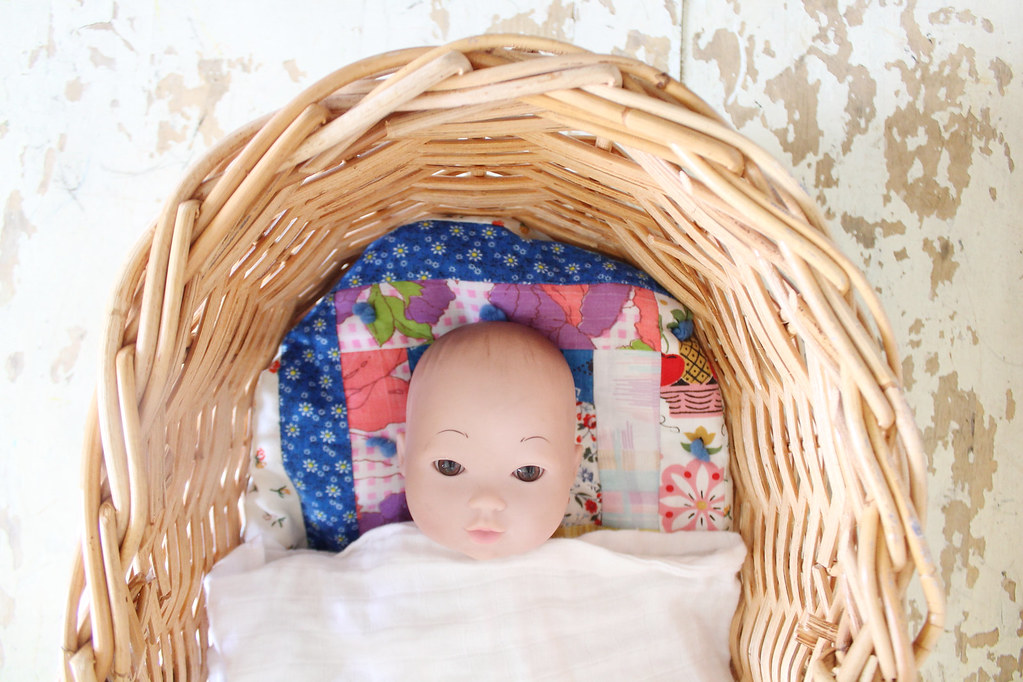 serene's doll moses basket