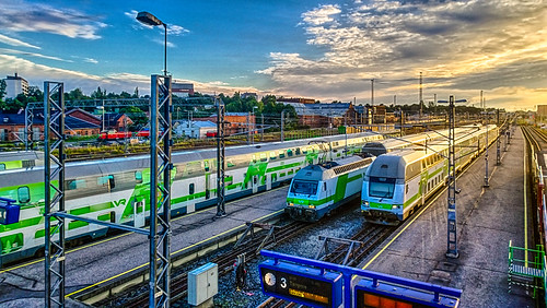 morning summer sunshine clouds sunrise suomi finland wednesday tren estate turku cloudy sommer zug august bluesky agosto verano greenery 夏 été treno hdr sommar août kesä partlycloudy pilvet åbo 8月 2015 列車 лето lato lumia 여름 サマー pociąg aamu поезд elokuu auringonnousu 八月 август sierpień 기차 auringonpaiste ağustos vehreys สิงหาคม รถไฟ keskiviikko ฤดูร้อน southwestfinland 위엄있는 hdrefexpro2 lumia1020 1282015 puolipilvistä ratapihaturkuturunratapiharailwayyardmarshallingvrrautatietmatkustajajunajunatågrailwaystrainpassengertrain