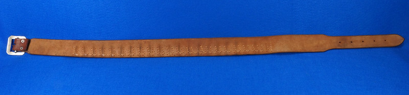 RD15060 Vintage Hand Made By Viking Mexican Leather Gun Ammo Belt .22L 7012 43 inch Long DSC07334