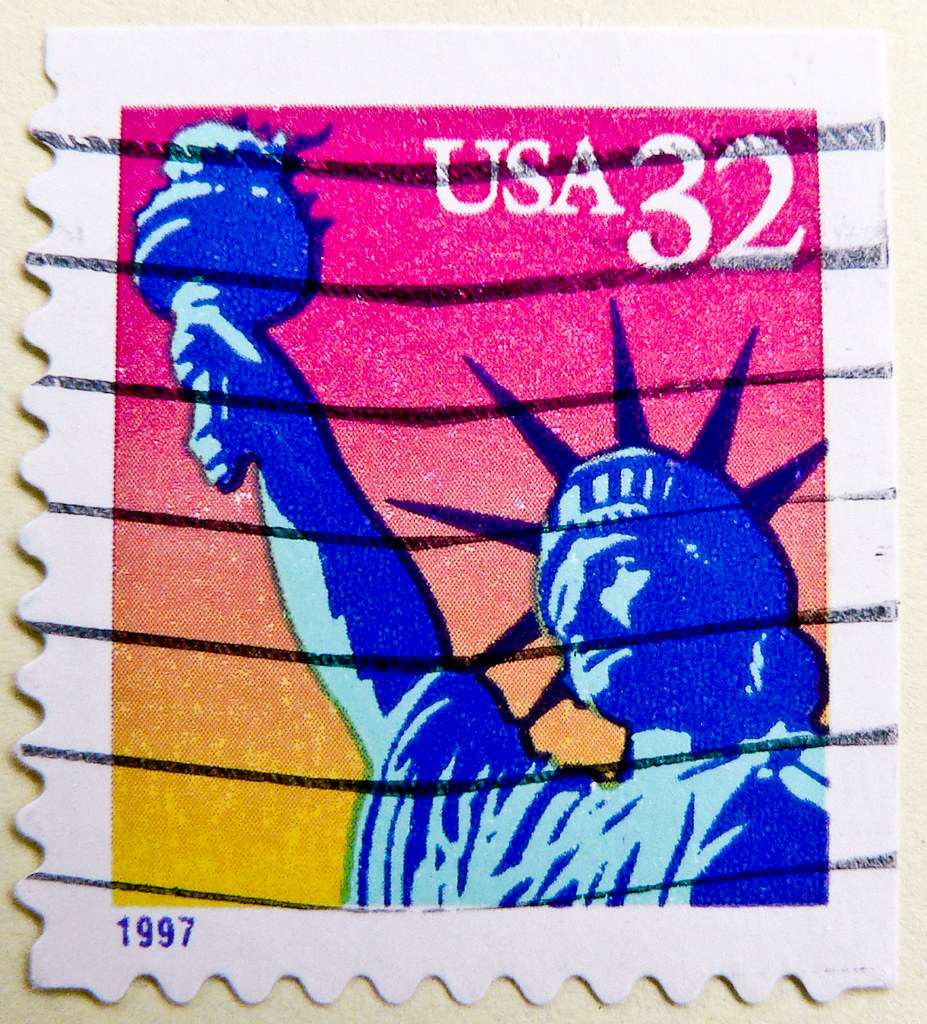 Great Stamp USA 32c Lady Liberty In Rainbow Colors Freiheitsstatue New York