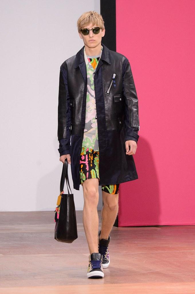 Jeroen Smits3246_SS16 London Coach(fashionising.com)