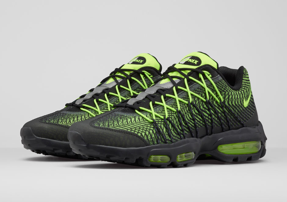 NIKE RE-INVENTS THE AIR MAX 95 IN TWO WAYS 1