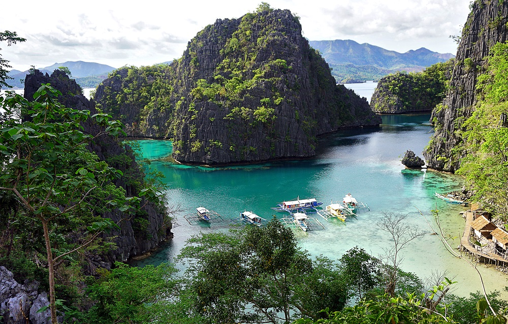 Travel Diary Kayangan Lake in Coron, Palawan, PH -thedailyposh (10)