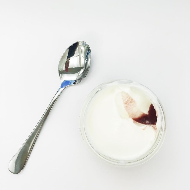 I've been bringing breakfast to work lately. A dollop of sour cherry conserva covered by plain full fat yogurt - this was inspired by the superb White Moustache yogurt which is ne plus ultra of yogurts. I even reuse their jars which are perfect yogurt ves