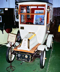1994 - De Dion Bouton (circa 1906) at the Motor Museum, York, Western Australia