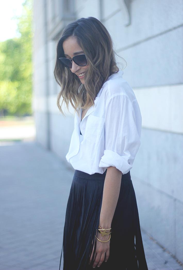 Fringed Black Skirt White Shirt Outfit Carolina Herrera Sandals13