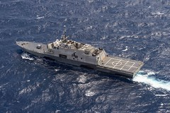 USS Fort Worth (LCS 3) operates in the South China Sea July 7. (U.S. Navy/MC2 Joe Biship)