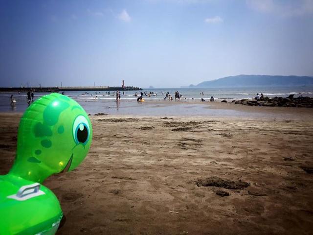 昨日サッカーで今日は海!夏、始まったな!