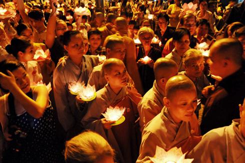 Ý nghĩa 12 lời nguyện niệm Phật