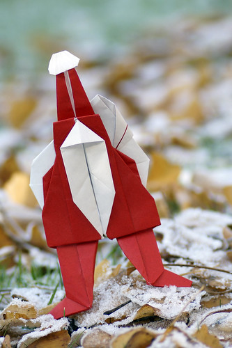 Origami Santa (Jeff Beynon)