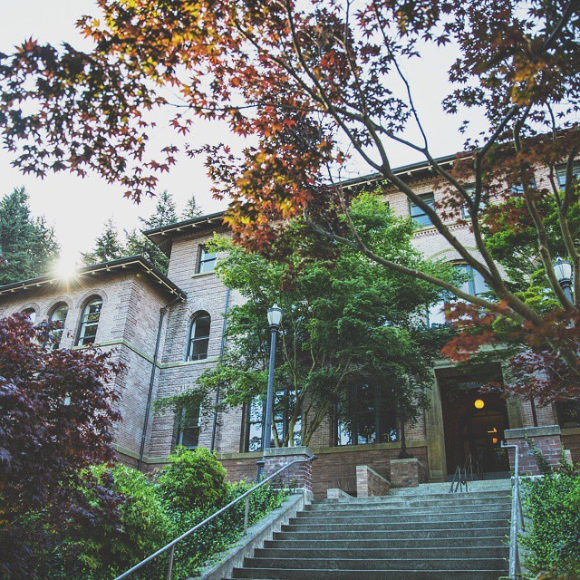 Good morning from Old Main. What are your plans for the day, Vikings? Any special tips for beating the heat? #mywestern #wwu