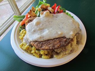 Country Supper Plate (Seitan, mash, mac and cheese and gravy with side salad and avocado dressing) from Three Carrots