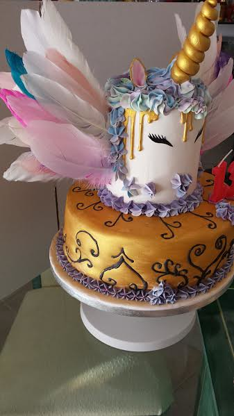 Amazing Cake by Laetitia Soares of Laetitia'S Cakes