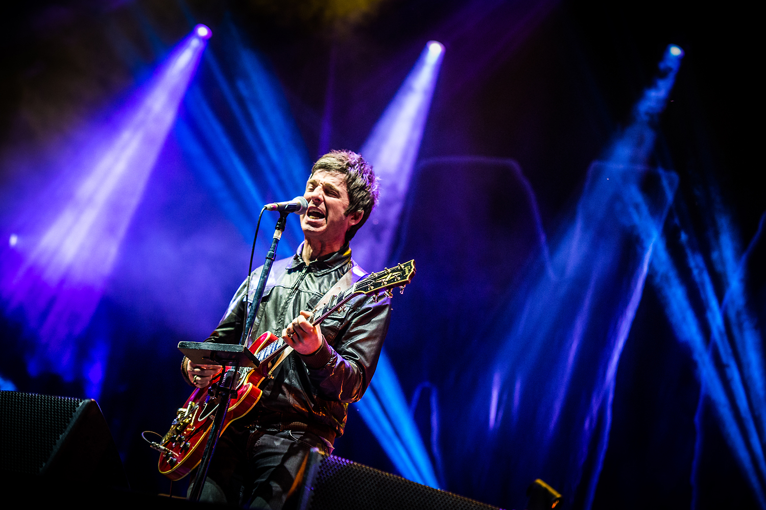 BKS 693 - Noel Gallagher's High Flying Birds