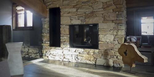 metalstone-cheminee-Habillage-en-pierre-ecopiedra-intro