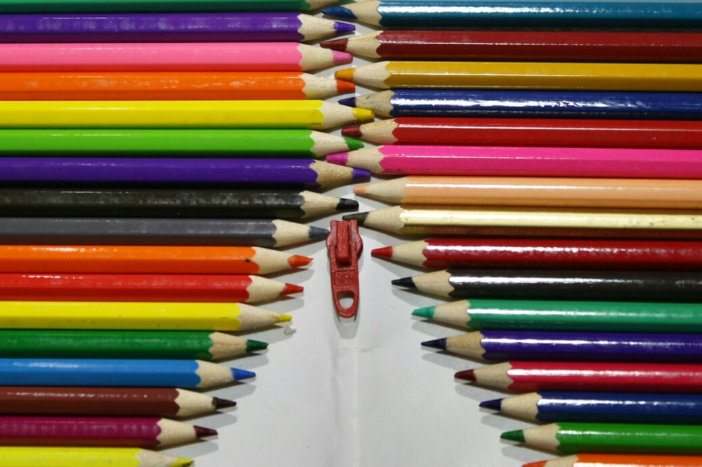 Zip of colours