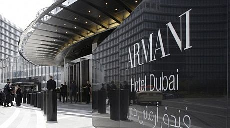 Armani y Versace ofrecen hospedaje de alta costura