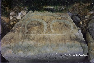 Newgrange [IRL, 1997], Brú na Bóinne: i grandi tumuli del Neolitico.