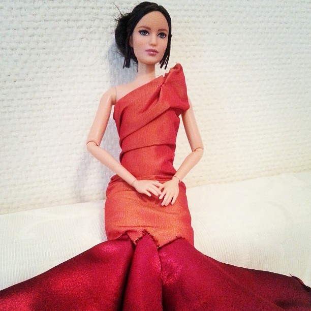 First draft doll dress inspired by the dress in #thehungergames movie #fashiondolls #sewing #Katniss #Girlonfire #hungergames #katnisseverdeen #reddress #barbie
