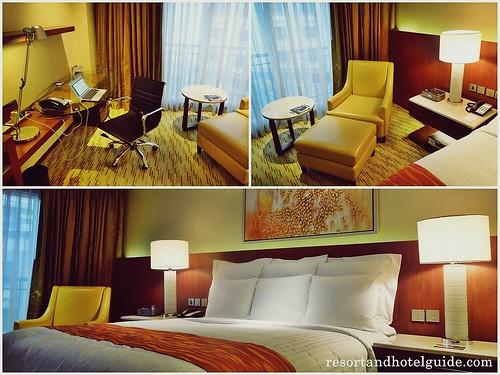 The Marriott Hotel Deluxe Room (8)