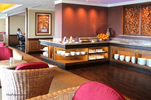 Sule Shangri-La Hotel Yangon Myanmar Horizon Club Lounge