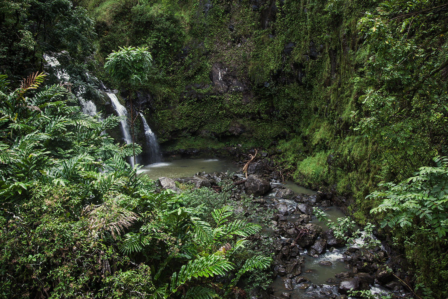 Upper Waikani Falls / Three Bears