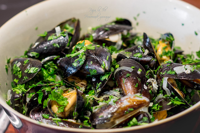 Moules marinière - Midii in sos de vin (8)