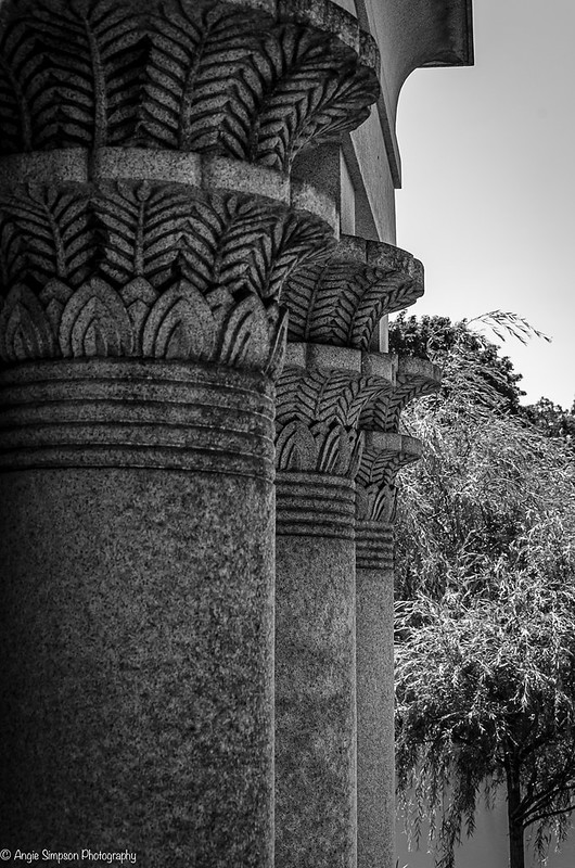 pillars art deco (1 of 1)
