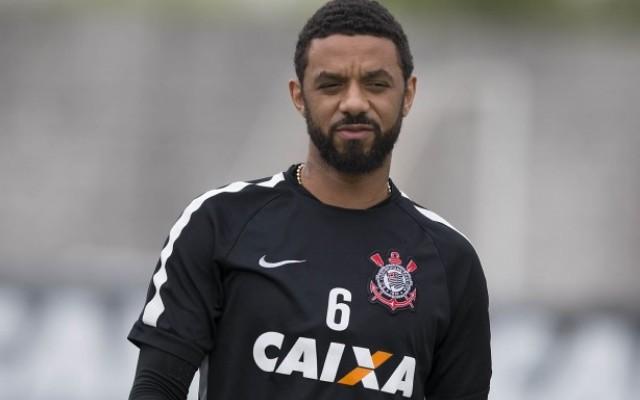 Ap�s sentir a panturrilha, Cristian pode ficar de fora de jogo contra o Figueirense