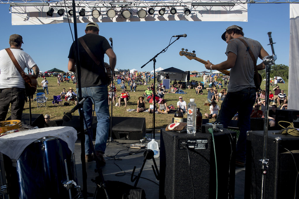 Folk and Roots Festival feature photo 004
