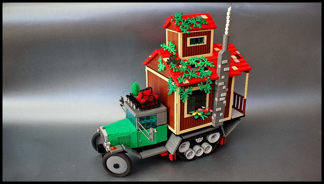 http://www.limitlessbricks.com/2015/08/log-cabin-halftrack.html#more