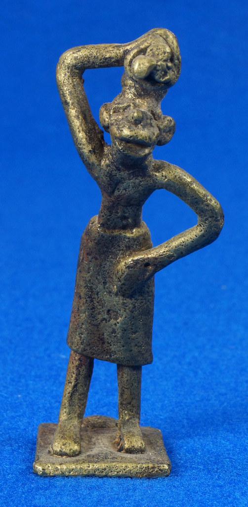 RD15104 4 Vintage African Hand Made Folk Art Primitive Figurines Solid Cast Brass Burkina Faso Yoruba West Africa DSC07106
