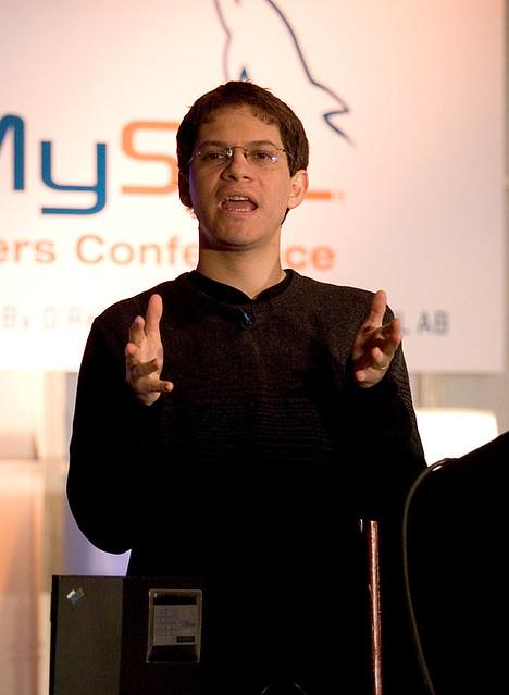 MySQL Conference 05: Miguel de Icaza