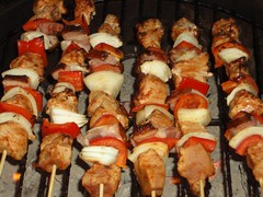 hors d'oeuvre(0.0), samgyeopsal(0.0), pork(1.0), roasting(1.0), grilling(1.0), brochette(1.0), meat(1.0), food(1.0), dish(1.0), pincho(1.0), shashlik(1.0), yakitori(1.0), kebab(1.0), cuisine(1.0), souvlaki(1.0), skewer(1.0), grilled food(1.0),