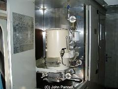 milling(0.0), machine tool(0.0), machine(1.0), room(1.0),