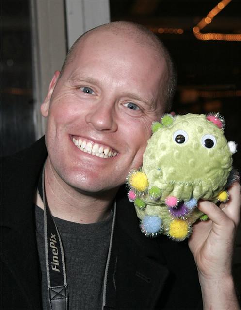 """Brett and """"Lou the Flu"""", the H5N1 virus"""