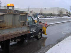 construction equipment(0.0), asphalt(1.0), commercial vehicle(1.0), vehicle(1.0), transport(1.0), snow(1.0), snowplow(1.0), light commercial vehicle(1.0),