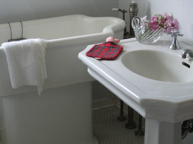baby bath sink flickr photo sharing. Black Bedroom Furniture Sets. Home Design Ideas
