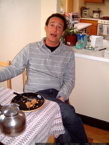 jack abbott eating apple pie & vacpot coffee in san francisco   dscf3717