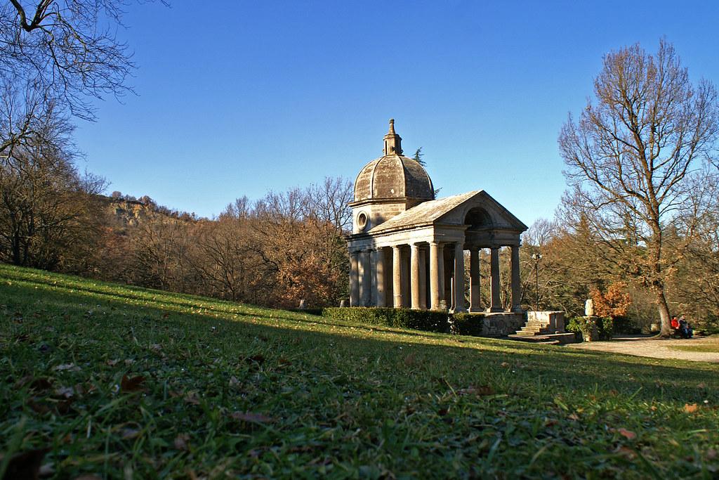 El Templo de Giulia Farnese