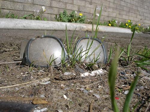 Share or repair those shades recycle sunglasses - Aspersores de riego ...
