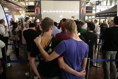 Playstation 3 midnight launch - Pitt Street Mall, Sydney