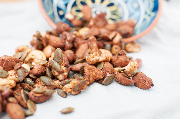 mesquite-nuts-table