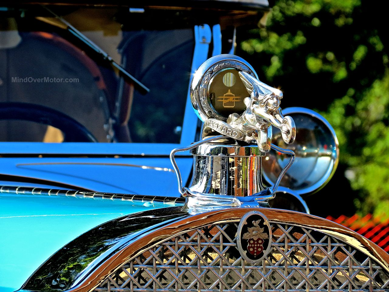New Hope Packard Hood Ornament