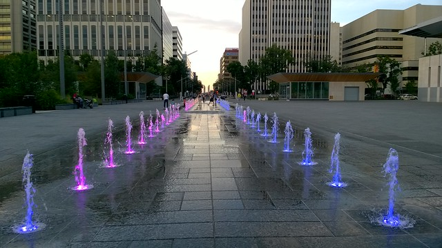 Federal Building Plaza Fountains