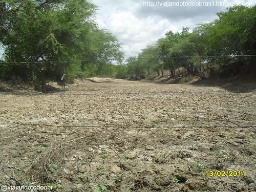 Craíbas - Riacho seco no povoado de Travessia