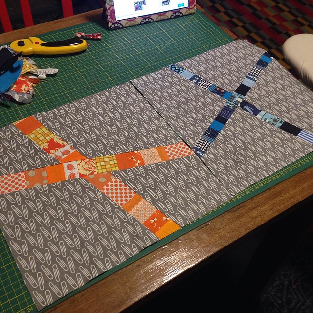 Finally some sewing time! Bee blocks for #StashBee #stashbeehive4 for @maemae8591